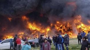 Confirman que fue intencional el incendio de una fábrica de plásticos
