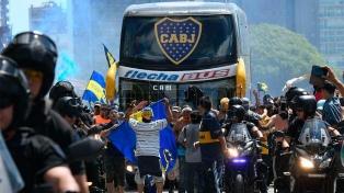 Los 30 detenidos por la agresión al micro de Boca quedaron en libertad