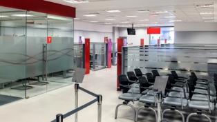 Los bancos no abren el viernes y aconsejan operar a través de los canales electrónicos