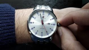 Atrasarán los relojes una hora por inicio del horario de invierno