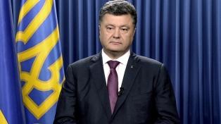 Acusan a Poroshenko de haber sacado 8.000 millones de dólares