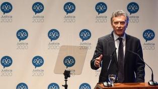 """Macri: la Justicia debe dar el ejemplo """"para construir un verdadero vínculo"""" con la gente"""