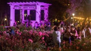 La Noche de los Jardines porteños cierra en el Rosedal