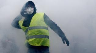 Los chalecos amarillos y la policía también se enfrentaron en Bruselas