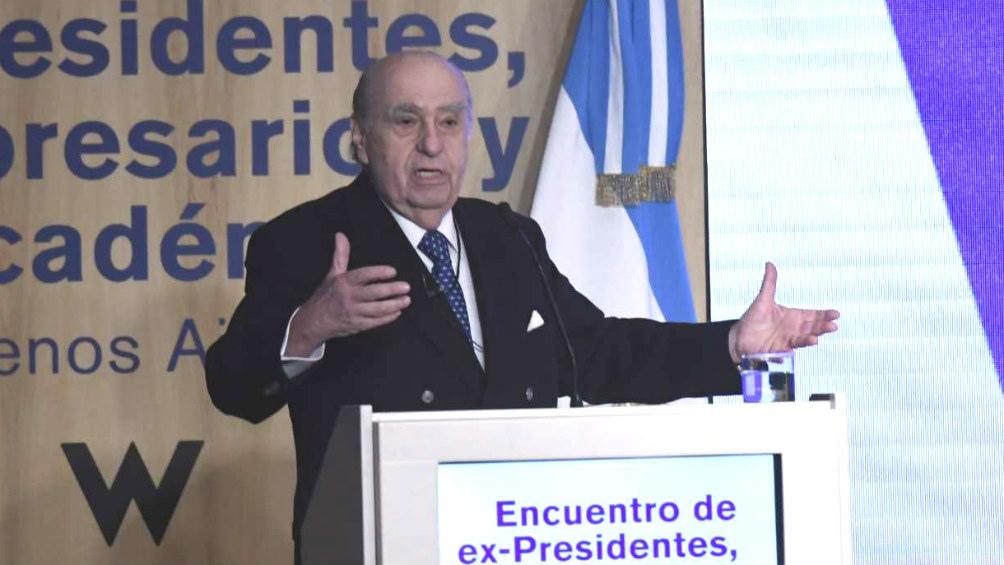 Vicepresidenta rectifica mensaje sobre muerte del expresidente Belisario Betancur