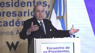 El ex presidente Betancur es velado en la Academia de Lenguas
