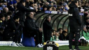 Leeds desea renovarle el contrato a Bielsa, según la prensa inglesa