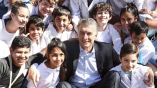 """Macri llamó a los argentinos a """"vivir con respeto, debatiendo, votando y expresando nuestras ideas"""""""