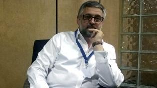 """Villegas pidió a los gremios docentes que """"no les quiten más futuro a los chicos"""""""