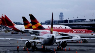 Pilotos de Avianca nucleados en APLA realizan asambleas en Aeroparque