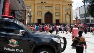 Un hombre mató a cuatro personas en una iglesia y se suicidó