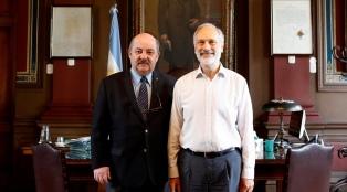 """Dos docentes de la Universidad de La Plata recibirán el premio """"Investigador de la Nación"""""""