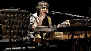 Charly García anunció un show sorpresa para esta noche en Uruguay