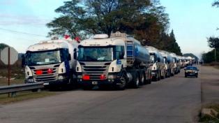 Camioneros paralizan la planta de YPF en reclamo de medidas de seguridad