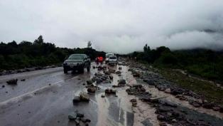 Un temporal provocó derrumbe e incomunicación en Santa Ana y Caspalá
