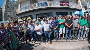 Reabrió sus puertas la tradicional confitería Boston