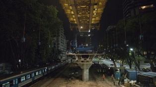 Fue colocado el último soporte del futuro viaducto Mitre