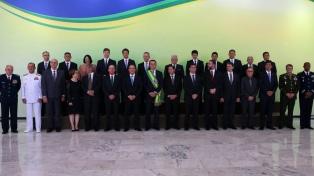 Un ministro defendió la portación de armas que impulsa Bolsonaro