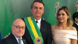 El canciller Faurie asiste en Brasil a la asunción del nuevo presidente