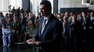 El juez que llevó a la cárcel a Lula asumió como ministro de Justicia