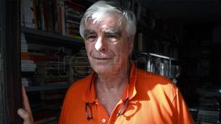 "Juan Zorraquín: ""Medicina y literatura son dos formas de arte que a veces se ensamblan"""