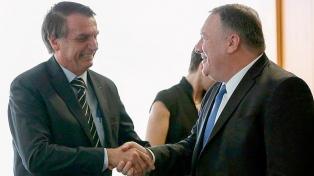 """""""Somos amigos"""" de EEUU, prometió  Bolsonaro al secretario de Estado"""