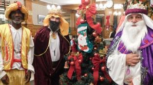 La caravana de los Reyes Magos vuelve a recorrer la ciudad de Buenos Aires