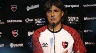 Héctor Bidoglio renunció a la dirección técnica de Newell's