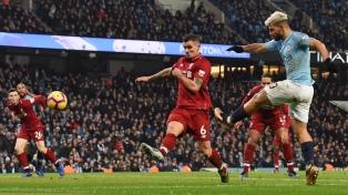 Manchester City, con gol de Agüero, dejó sin invicto al Liverpool