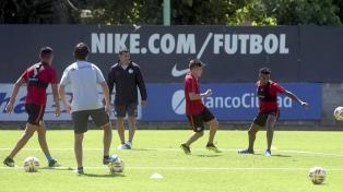 San Lorenzo entrenó en la previa del viaje a Brasil