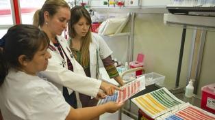 El hospital Garrahan presentó una tabla para el correcto uso de fármacos en niños