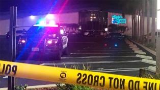 Tres muertos tras un tiroteo en un bowling de Los Ángeles