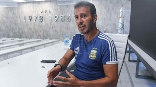 Batista esperará para convocar a Lisandro López