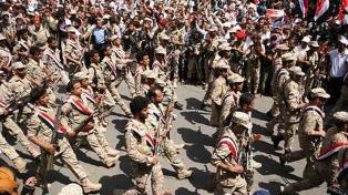 Rebeldes hutíes sorprendieron a la cúpula militar y la atacaron con un dron