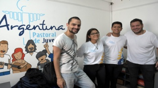 Vendieron rifas, pizzas y hasta pollos para viajar a la Jornada Mundial de la Juventud