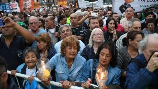 Sindicatos y organizaciones políticas marcharon contra los aumentos de las tarifas