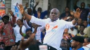 Un candidato opositor exige el recuento manual de los votos