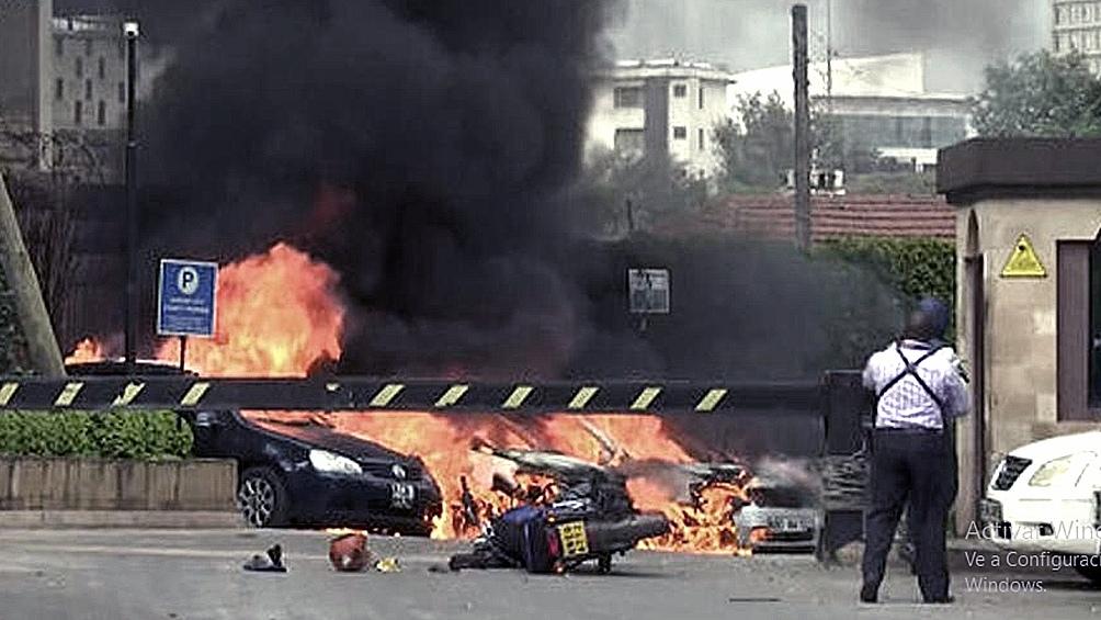 KENIA: Aumentan a 21 los muertos en el ataque a un lujoso hotel en Nairobi