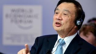 El fundador de Huawei negó que su empresa espíe  para el gobierno chino