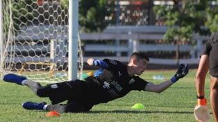 Uruguay debuta ante Perú,  mientras Argentina descansa