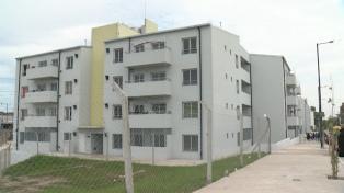 Relocalizan en el complejo Mundo Grúa a 64 familias de la Villa 21-24
