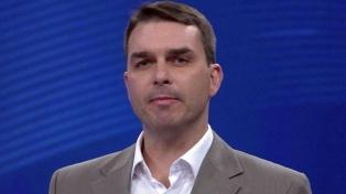 La Corte Suprema ordenó retomar una investigación que involucra al hijo de Bolsonaro