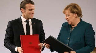 Merkel y Macron firmaron un acuerdo para fortalecer la UE en tiempos de Brexit