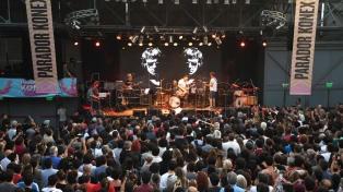 Talentosos músicos recordaron la figura y la inmensa obra de Spinetta en el Konex
