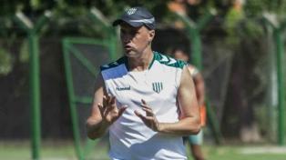 Banfield no pudo con San Martín de San Juan, en el debut de Crespo como DT