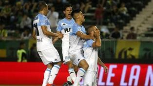 Racing se consolidó en lo alto de la Superliga