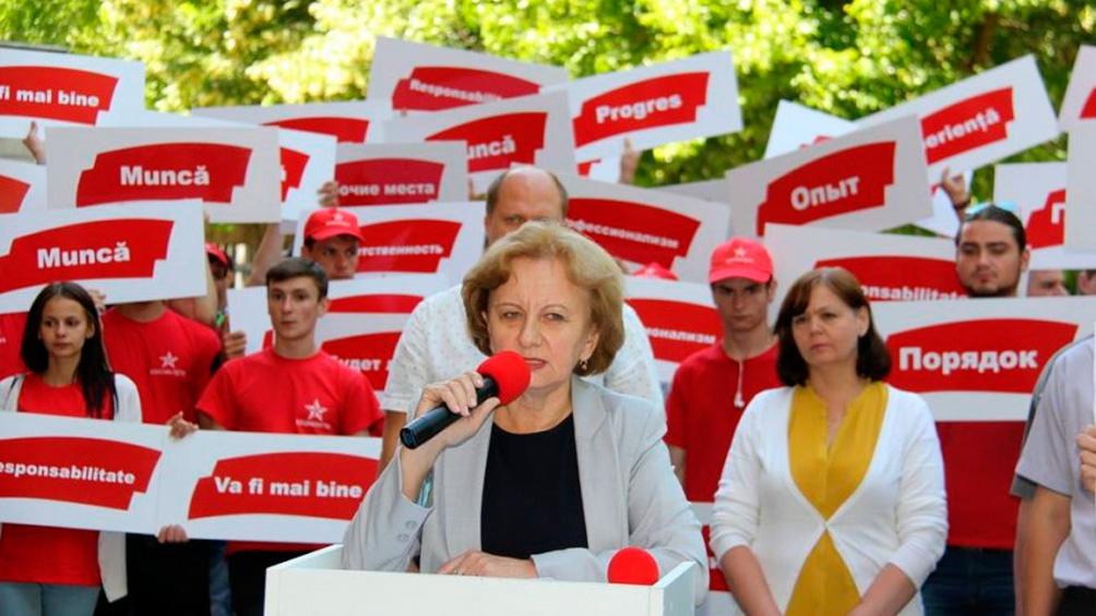Zinaida Greceannii, candidata del Partido Socialista de la República Moldava