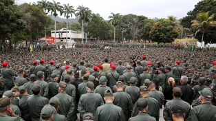 El 54% rechaza una intervención militar en Venezuela, según sondeo