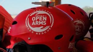 Envían un buque de la Armada para buscar a los migrantes del Open Arms