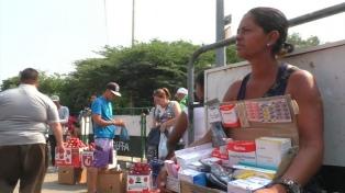 Venezolanos cruzan la frontera colombiana en busca de medicamentos